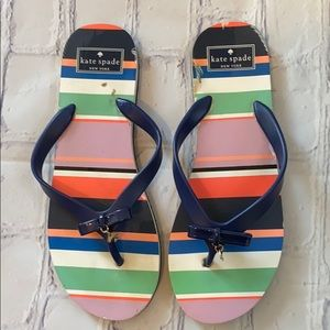 Kate spade striped flip flops with bow & charm